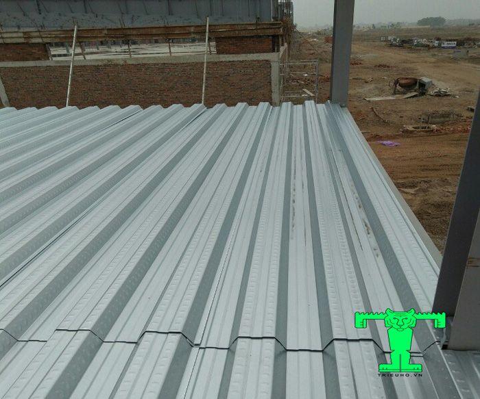 Sàn deck được ứng dụng trong nhiều công trình xây dựng đặc biệt là công trình nhà khung thép