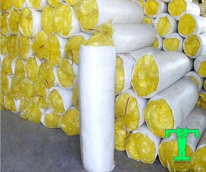 Glasswool 32kg/m3 không bạc dày 25mmcách nhiệt, giữ nhiệt cực cao