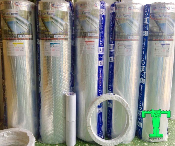Tấm túi khí Cát Tường giảm nhiệt hiệu quả cho không gian lắp đặt, tiện dùng nên được nhiều khách hàng lựa chọn