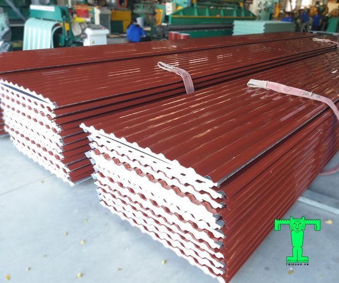 Triệu Hổ là đơn vị trực tiếp liên doanh sản xuất nên giá tôn xốp tại Đà Nẵng là rẻ nhất 2019
