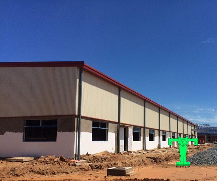 Chọn màu mái tôn cách nhiệt phù hợp với phong cách công trình