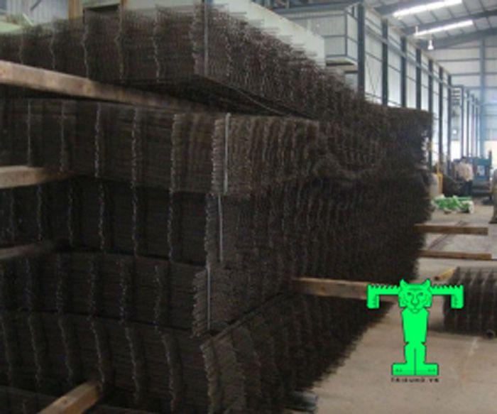 Lưới thép hàn D8a150 gia cố thêm sự vững chắc cho sàn liên hợp thép và bê tông, thay thế coppha