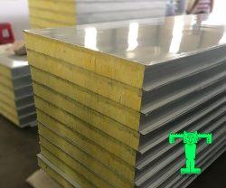 Tấm Panel Glasswool 3 lớp tôn nền dày 0.40mm + Glasswool 75mm 48kg/m3 + tôn 0.40mm