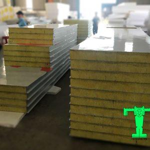 Tấm Panel Glasswool 3 lớp tôn nền dày 0.40mm + Glasswool 50mm 48kg/m3 + tôn 0.40mm