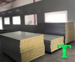 Tấm Panel Rockwool 3 lớp tôn nền dày 0.40mm + Rockwool 100mm 80kg/m3 + tôn 0.40mm
