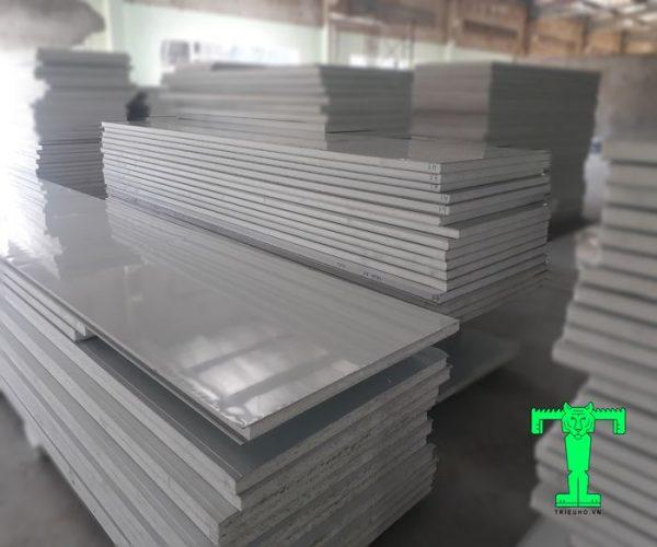 Tấm Panel EPS 3 lớp tôn nền dày 0.40mm + EPS 50mm + tôn 0.40mm