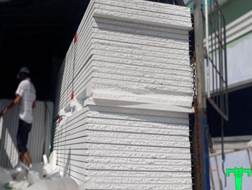 Tấm Panel EPS 3 lớp tôn nền dày 0.45mm + EPS 100mm + tôn 0.45mm
