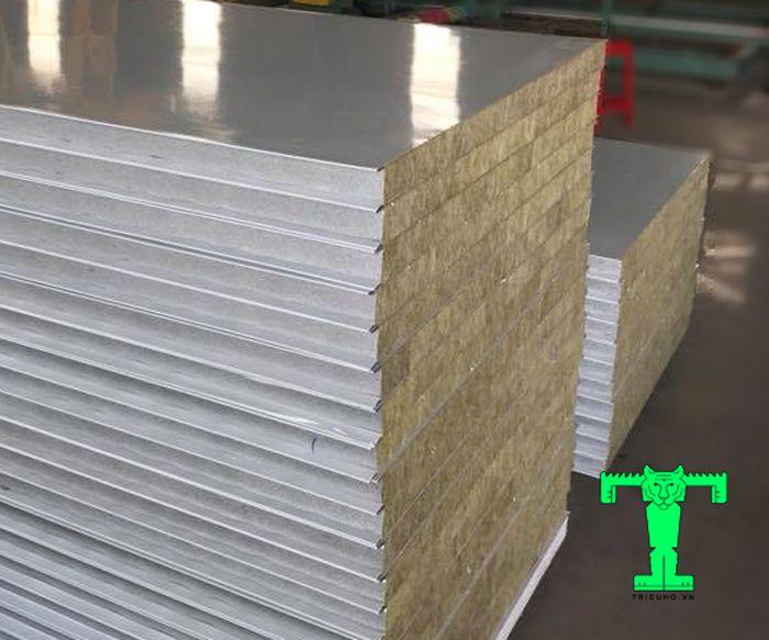 Panel lò sấy bông khoáng có khả năng cách nhiệt, giữ nhiệt CỰC tốt, chống cháy CỰC tối ưu