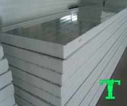 Panel EPS siêu nhẹ 3 lớp tôn nền dày 0.40mm + EPS 75mm + tôn 0.40mm