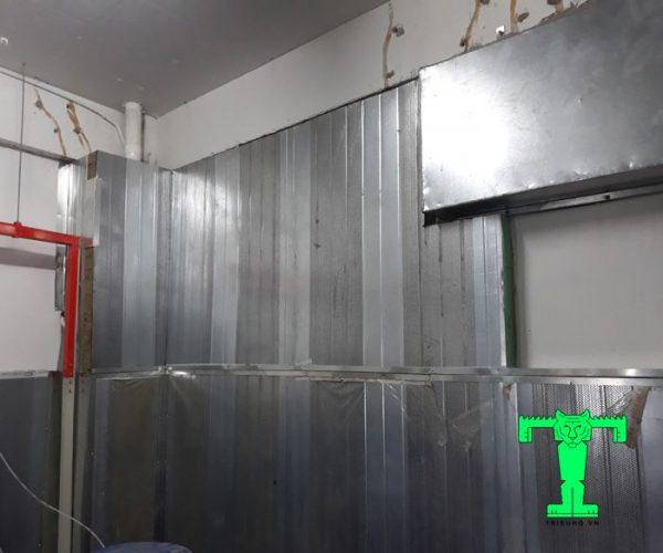 Panel tiêu âm Rockwool 100mm 100kg/m3 có tôn nền dày 0.45mm