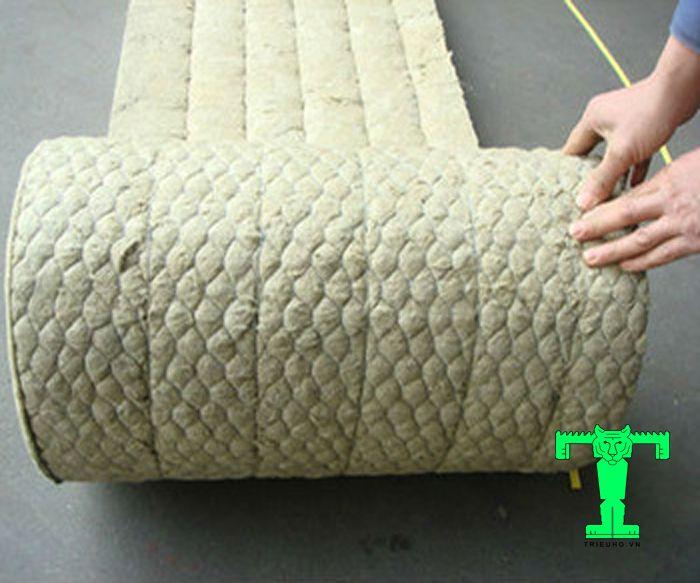 Bông khoáng Rockwool dạng cuộn có lưới