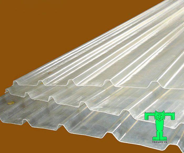 Khả năng lấy sáng hiệu quả cao của tôn lấy sáng Composite 11 sóng
