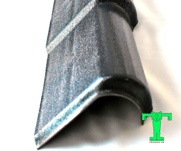 Tấm viền mái ngói trái nhựa PVC