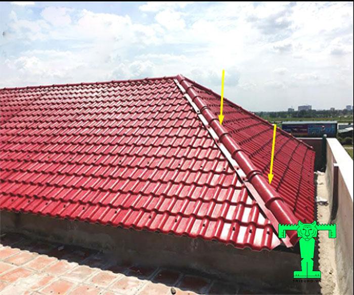 1m2 dùng 5 bộ đinh vít có như vậy mới đảm bảo độ bền chắc cho mái ngói nhựa PVC