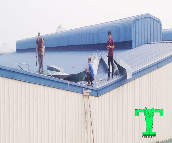 Chọn màu mái tôn cách nhiệt giúp tăng thêm độ bền và thẩm mỹ cho toàn công trình