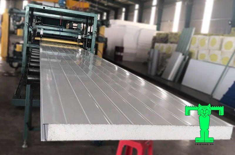 Sản xuất panel eps tại triệu hổ dày 100mm
