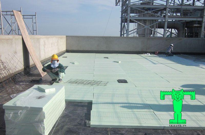 Chống nóng cho mái mái bằng, sân thượng bằng việc thi công thêm xốp XPS