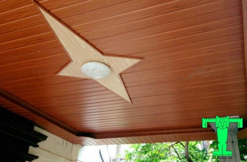 Mẫu 3- trần nhựa giả gỗ đẹp