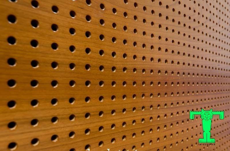 Tấm tiêu âm gỗ đục lỗ