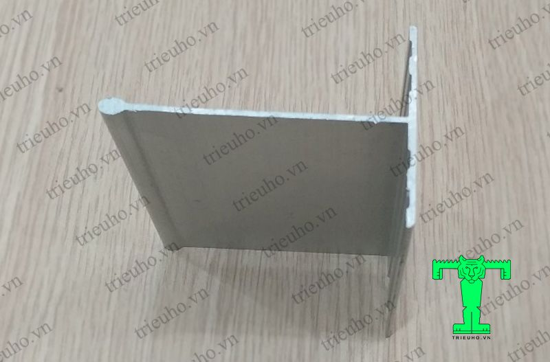 Thanh nhôm T60x90 treo trần panel
