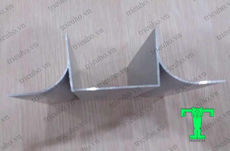 Thanh nhôm U50 cánh đôi sử dụng cho vách Panel dày 50mm